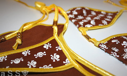 Royal-Bikini (Yellow/Skulls Brown)