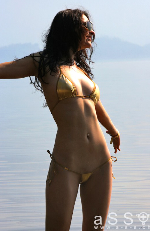 Krysia wears Royal Bikini (Gold/Jewel Gold)