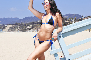 Sarah wears Social-Bikini (Blue/Shine Black)