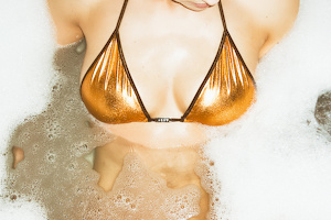Bunny wears Trivial Bikini (Brown/Jewel Copper)